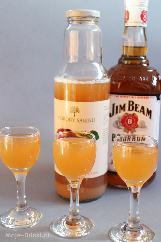 kentucyk apple grink z ogrody Sabinu i Jim Beam